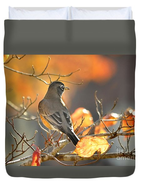 Duvet Cover featuring the photograph Glowing Robin by Nava Thompson
