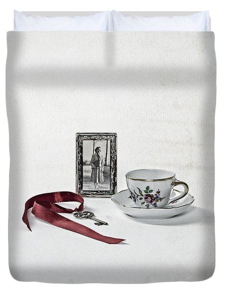 Key To My Memories Duvet Cover by Joana Kruse