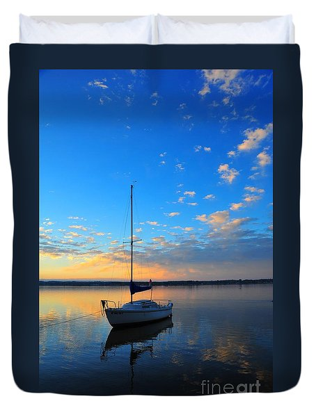 Duvet Cover featuring the photograph Sailing 2 by Terri Gostola