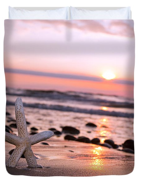 Starfish On The Beach At Sunset Duvet Cover by Michal Bednarek
