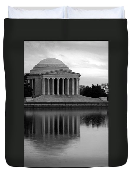 Duvet Cover featuring the photograph The Jefferson Memorial by Cora Wandel