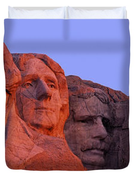 Usa, South Dakota, Mount Rushmore Duvet Cover by Panoramic Images