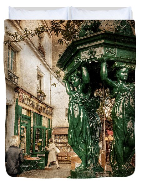 Duvet Cover featuring the photograph Wallace Fountain By Shakespeare And Co / Paris by Barry O Carroll