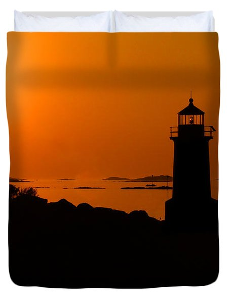 Winter Island Lighthouse Sunrise Duvet Cover