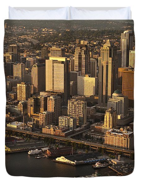 Aerial View Of Seattle Skyline Along Waterfront Duvet Cover