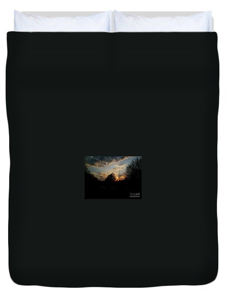 Duvet Cover featuring the photograph Beauty In The Sky by Kelly Awad