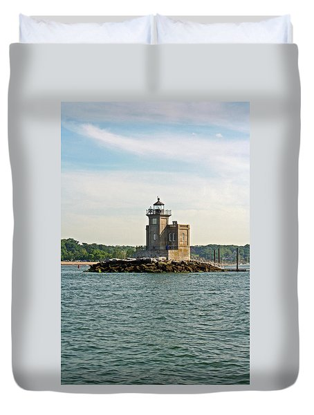 Duvet Cover featuring the photograph Huntington Lighthouse by Karen Silvestri