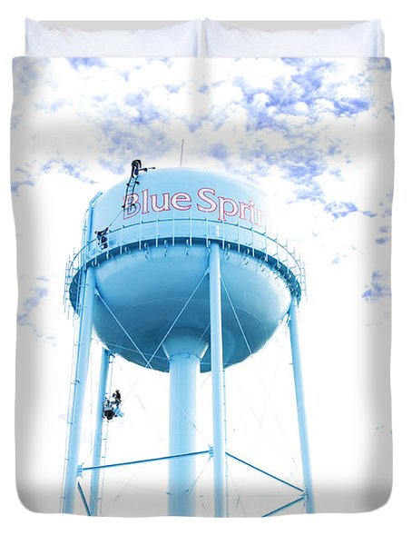 3 Men Painting The Blue Springs Water Tower Duvet Cover by Andee Design