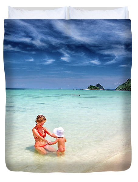 Turquoise Waters And White Sand In Ko Duvet Cover