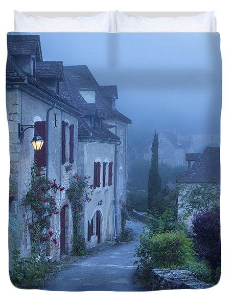Misty Dawn In Saint Cirq Lapopie Duvet Cover by Brian Jannsen