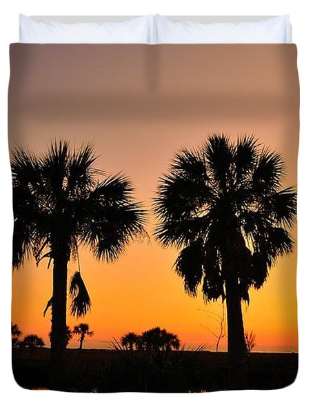 Duvet Cover featuring the photograph 4 Palms In After Glow by Richard Zentner