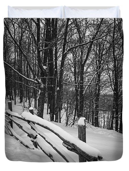 Rural Winter Scene With Fence Duvet Cover
