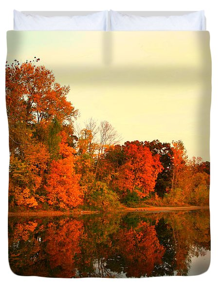 Shady Oak Lake  Duvet Cover by Amanda Stadther
