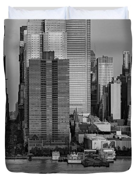 42nd Street Times Square Bw Duvet Cover by Susan Candelario