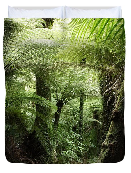 Jungle Duvet Cover by Les Cunliffe