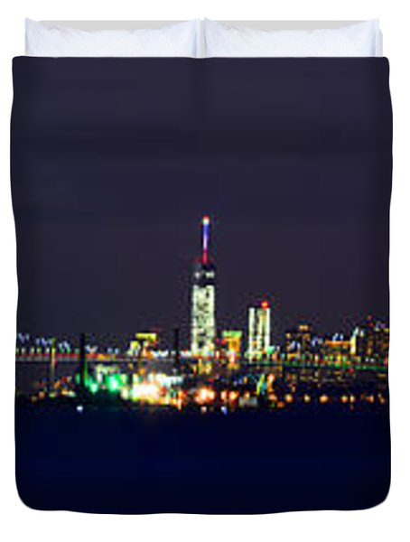 4th Of July New York City Duvet Cover by Raymond Salani III