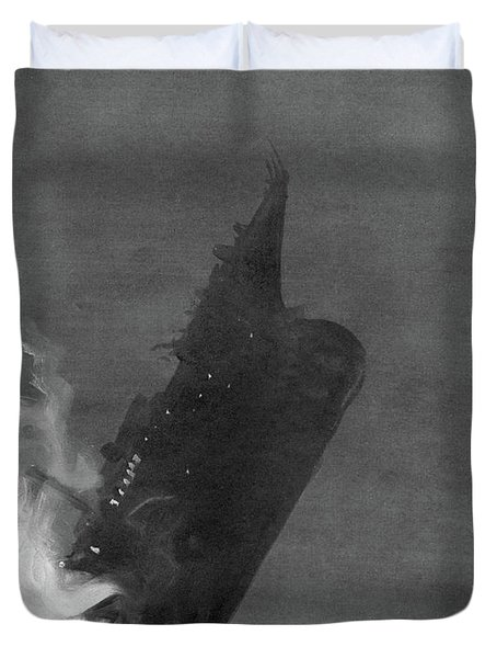 Titanic Sinking, 1912 Duvet Cover