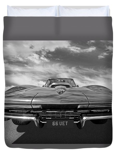 66 Vette Stingray In Black And White Duvet Cover