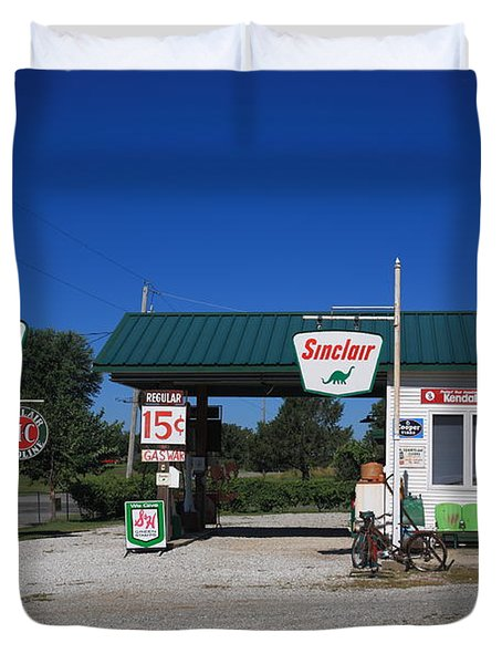 Route 66 Sinclair Station Duvet Cover