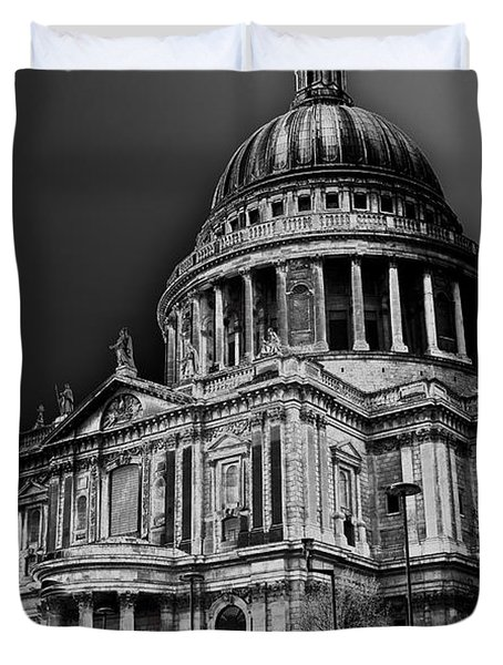 St Pauls Cathedral London Art Duvet Cover by David Pyatt