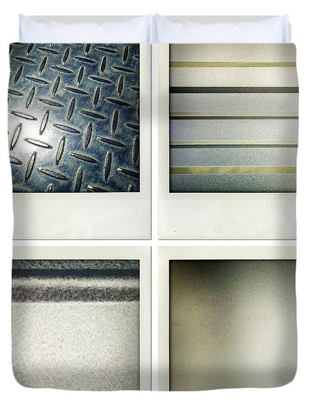 Textures Duvet Cover by Les Cunliffe