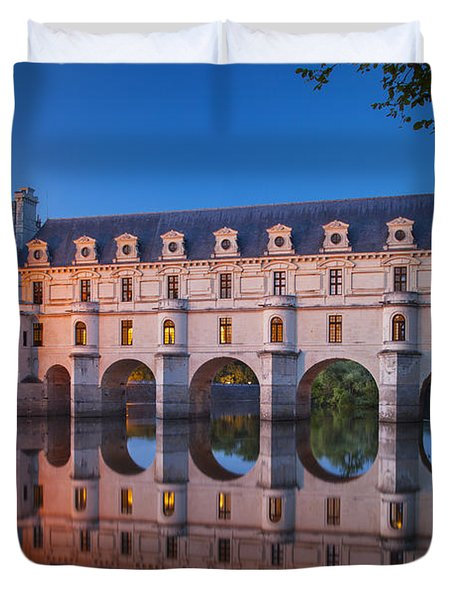 Duvet Cover featuring the photograph Chateau Chenonceau by Brian Jannsen