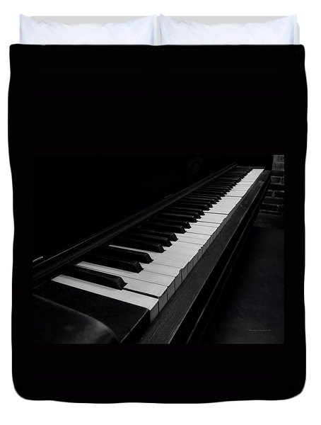 88 Keys Duvet Cover by Thomas Woolworth