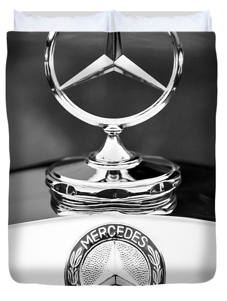 Mercedes-benz Hood Ornament Duvet Cover