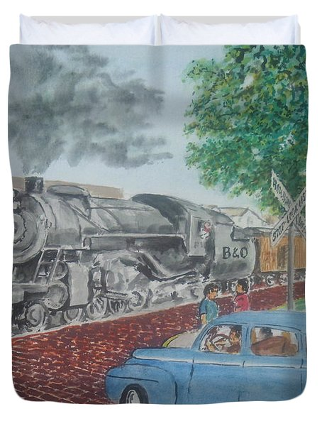 A Baltimore And Ohio Freight Passes Tracy Park Portsmouth Ohio Duvet Cover