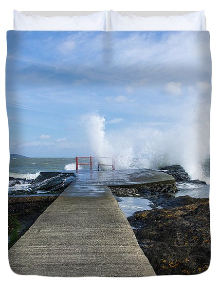 A Blustery Day At High Rock Duvet Cover