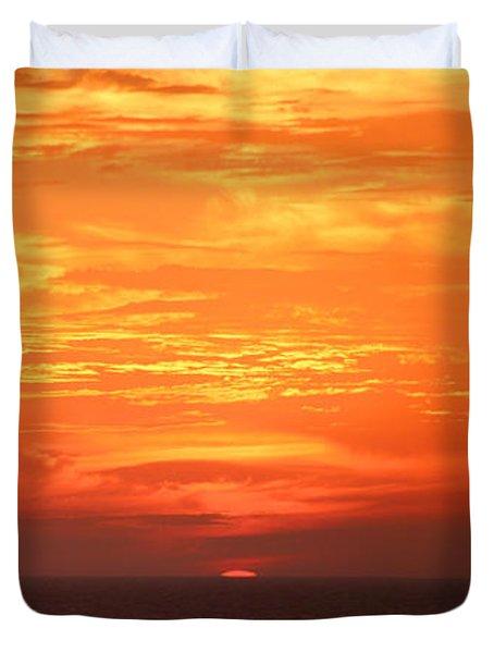 A Final Splash Of Color Duvet Cover by Mariarosa Rockefeller