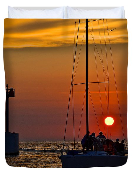 A Fine Days End Duvet Cover by Frozen in Time Fine Art Photography