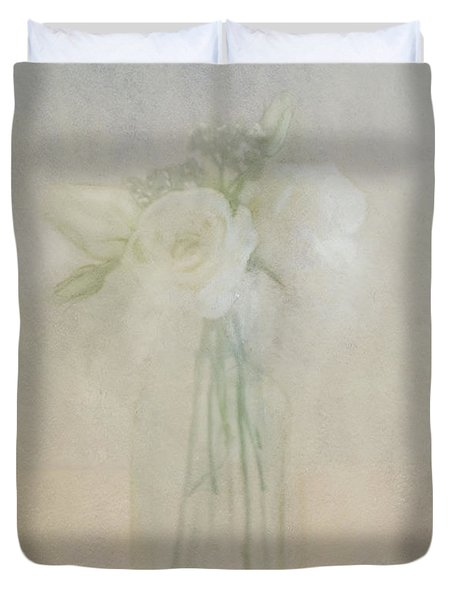 A Glimpse Of Roses Duvet Cover