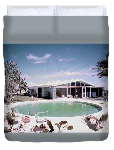 A House In Miami Duvet Cover by Tom Leonard