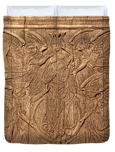 A King Carved In Wood Duvet Cover