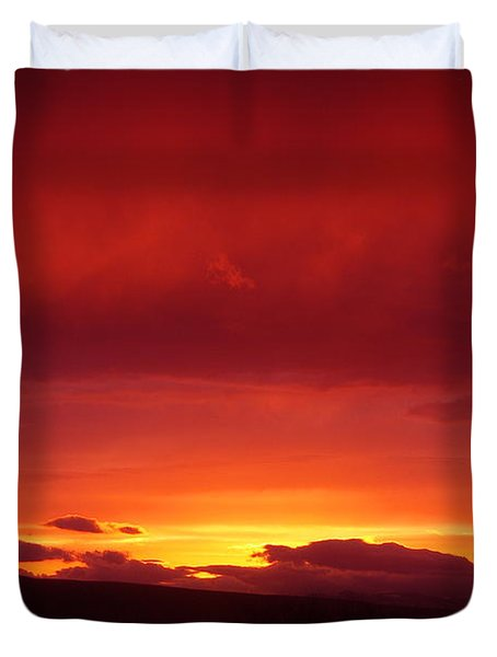 A Light In The Clouds  Duvet Cover by Jeff Swan