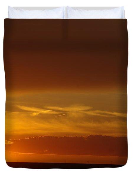 A Nice Cintemplative Sky  Duvet Cover by Jeff Swan