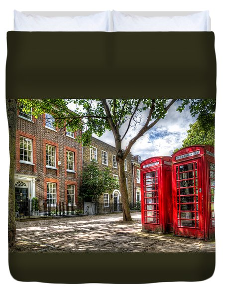 A Pair Of Red Phone Booths Duvet Cover by Tim Stanley