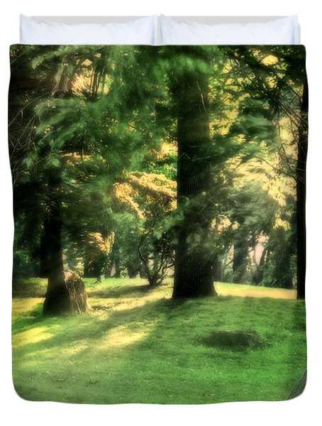 Duvet Cover featuring the photograph Spring Afternoon In Brookdale Park by Kellice Swaggerty