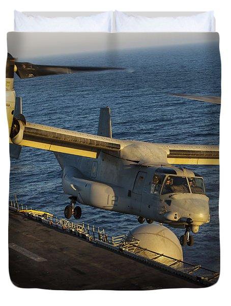 A U.s. Marine Corps Mv-22b Osprey Lands Duvet Cover