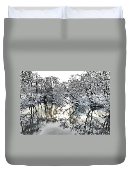 Duvet Cover featuring the photograph A Winter Scene by Paul Gulliver
