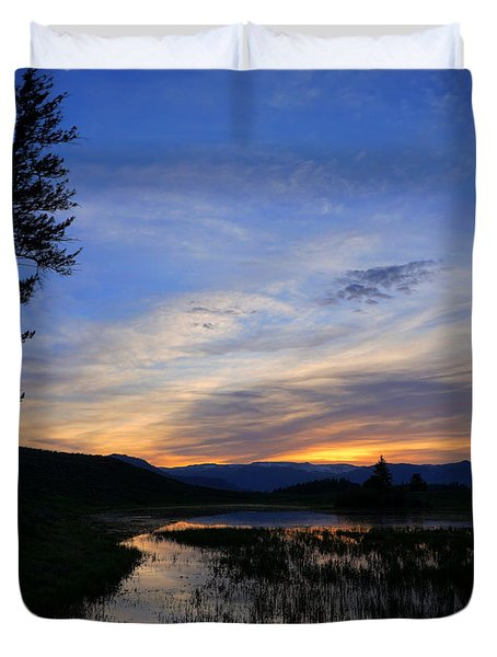A Yellowstone Lake Before Sunrise Duvet Cover