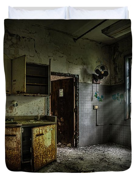 Abandoned Building - Old Asylum - Open Cabinet Doors Duvet Cover by Gary Heller