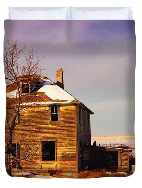 Abandoned House Duvet Cover by Jeff Swan