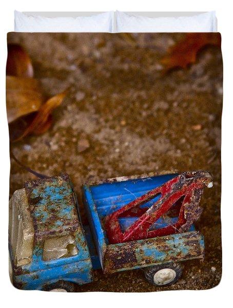 Abandoned Truck Duvet Cover by Xn Tyler
