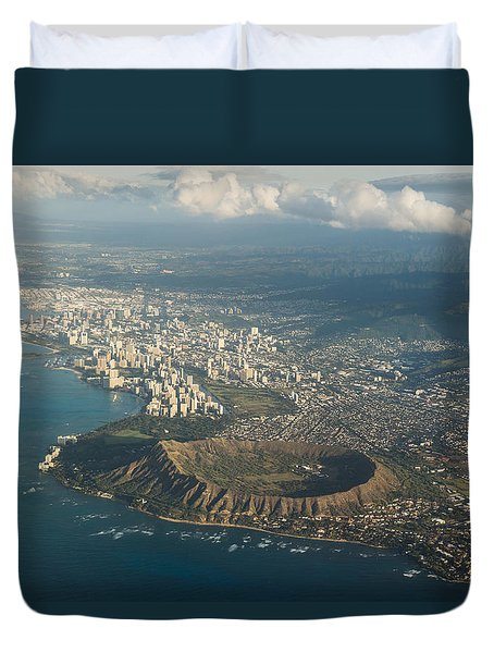 Duvet Cover featuring the photograph Above Hawaii by Georgia Mizuleva