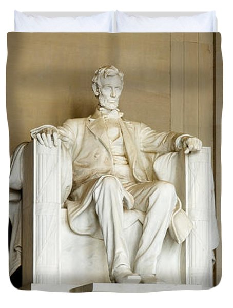 Abraham Lincolns Statue In A Memorial Duvet Cover by Panoramic Images