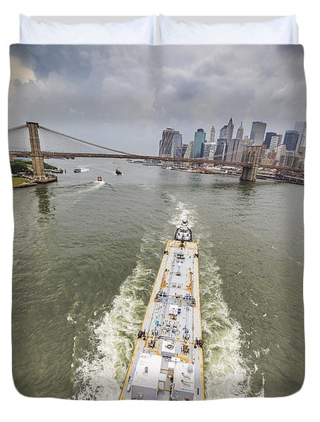 Aerial View - The Barge At The East River Duvet Cover