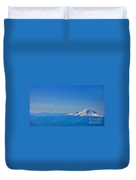 Aerial View Of Mount Rainier Volcano Art Prints Duvet Cover