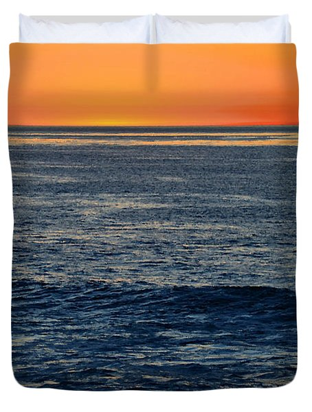 After The Sunset Glow In La Jolla Duvet Cover by Sharon Soberon